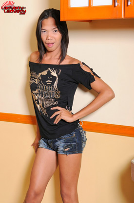 Jamaica on Ladyboy-Ladyboy!