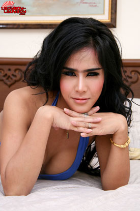 t may lblb 011 Cute Portraits And Hot Action On Ladyboy Ladyboy!