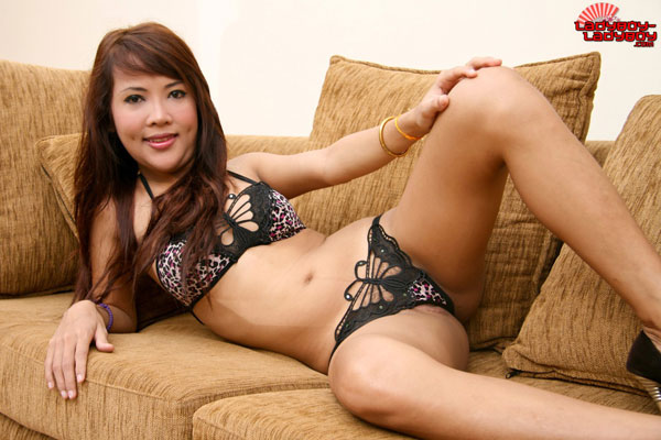 t wan lblb 01 Cute Dimples And Asses Too On Ladyboy Ladyboy!