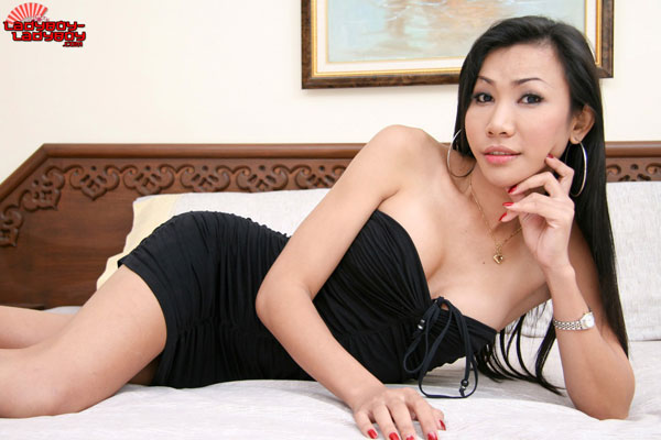 t yo lblb 01 Sweet Solo Sex This Week On Ladyboy Ladyboy!