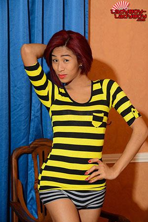 Ladyboy-Ladyboy Blog presents Ladyboy Izzylicious!