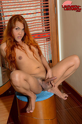 t jacky ladyboy ladyboy 03 Ladyboy Jacky Strips Down For Her Debut On Ladyboy Ladyboy!