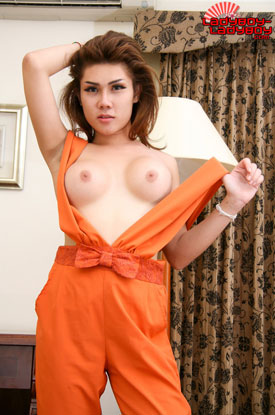 t ladyboy minny ladyboy ladyboy 02 Ladyboy Minny In And Out Orange On Ladyboy Ladyboy!