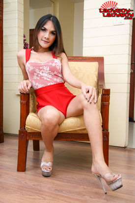 t ladyboy alis ladyboy ladyboy 02 Legs For Days With Ladyboy Alis On Ladyboy Ladyboy!
