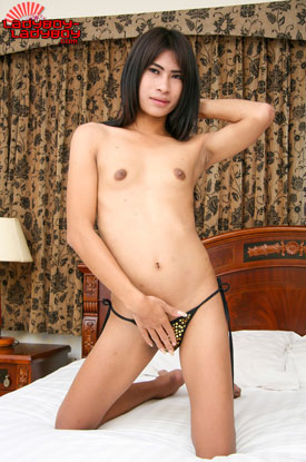 Ladyboy-Ladyboy Blog presents Ladyboy Fern!