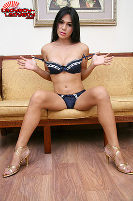 Ladyboy Ladyboy Blog presents Ladyboy Nat!